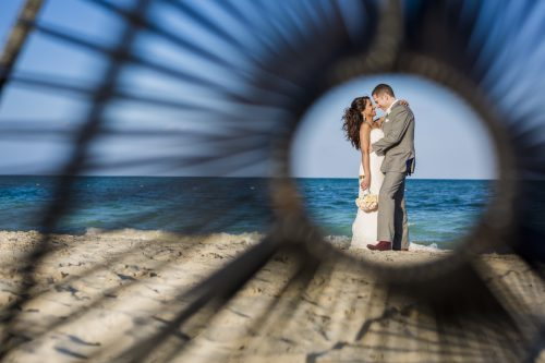 neesha-mike-beach-wedding-finest-Playa-mujeres-cancun-02-26