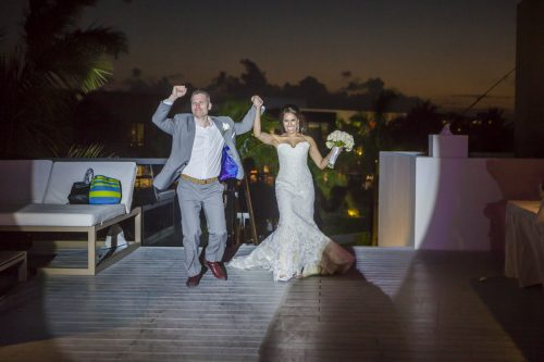 neesha-mike-beach-wedding-finest-Playa-mujeres-cancun-02-33