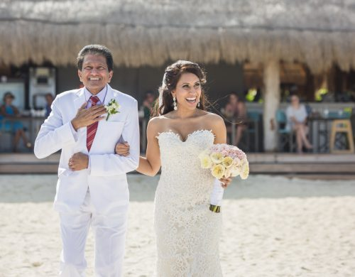 neesha-mike-beach-wedding-finest-Playa-mujeres-cancun-02-9
