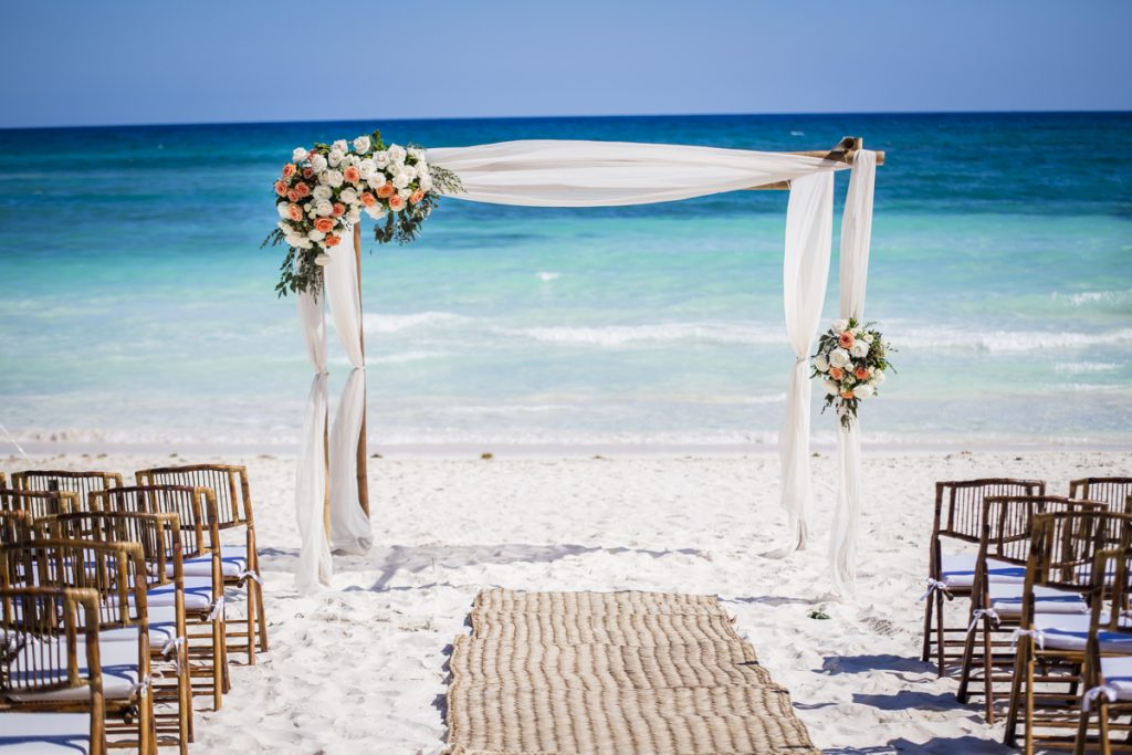 kyra ted beach wedding al cielo hotel xpu ha 02 3 1024x683 - The 6 Best Wedding Photography Websites You Need To Check While Planning A Destination Wedding In Mexico