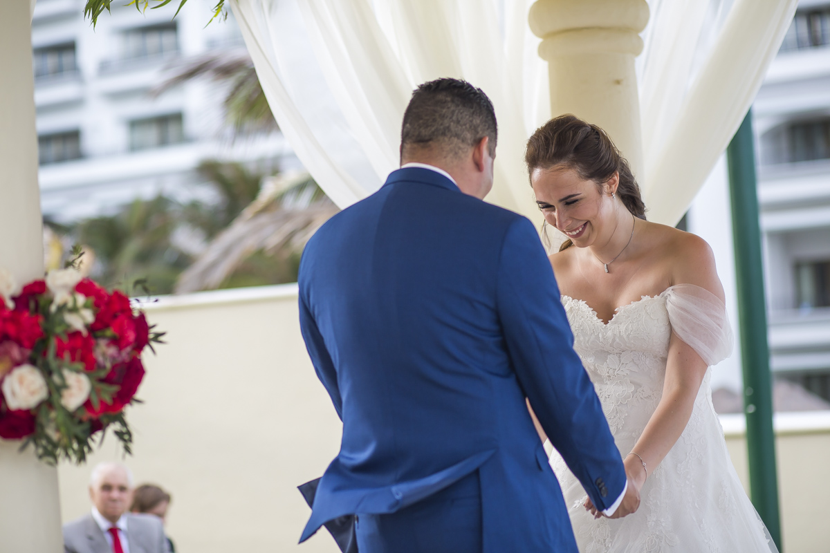 kate richard jw marroit cancun spa resort beach wedding 01 43 - Katia & Richard - JW Marriott Cancun