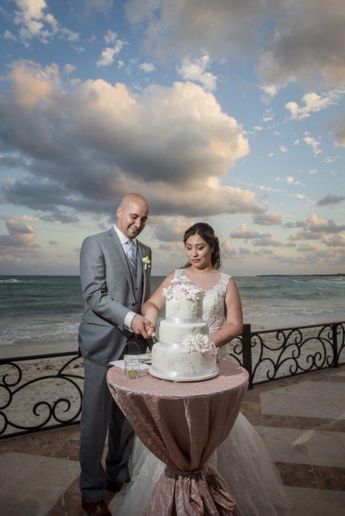 yesica jose beach wedding Villa La Joya Playa del carmen 01 15 500x749 - Yesica & José - Villa La Joya