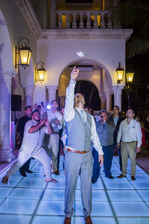 yesica jose beach wedding Villa La Joya Playa del carmen 01 18 500x750 - Yesica & José - Villa La Joya