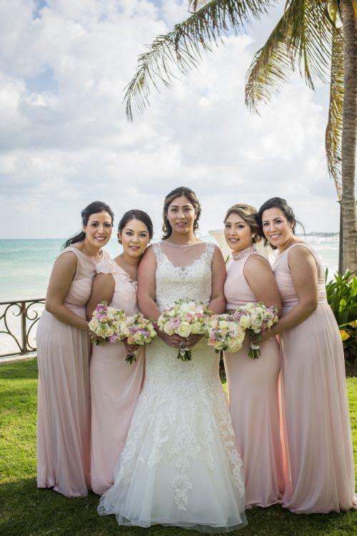 yesica jose beach wedding Villa La Joya Playa del carmen 01 5 500x750 - Yesica & José - Villa La Joya