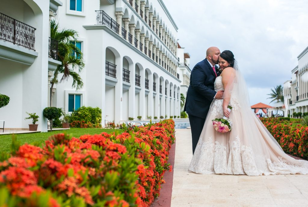 caroline hayden riviera maya wedding the royal playa del carmen 01 13 1024x688 - The Ultimate List Of Best Wedding Resorts In Mexico