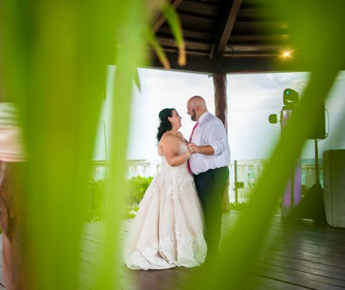 caroline hayden riviera maya wedding the royal playa del carmen 01 28 500x420 - Caroline & Hayden - Royal Playa Del Carmen