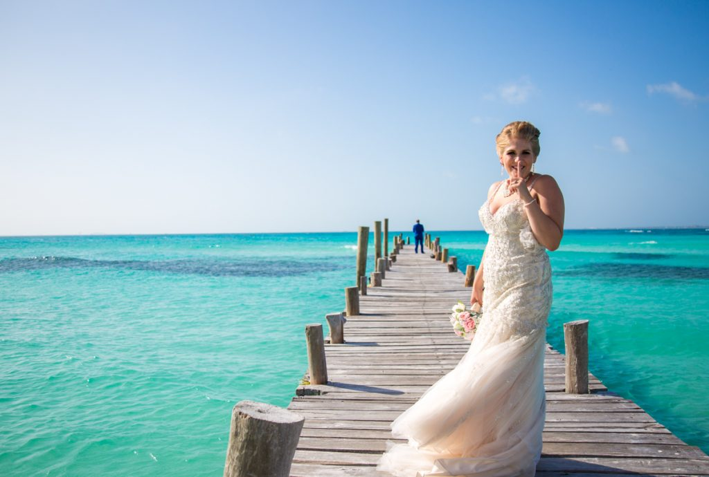 rachel ross beach wedding hyatt ziva cancun 01 15 1024x690 - 3 Great Reasons You Should Do 'First Look' Wedding Photos
