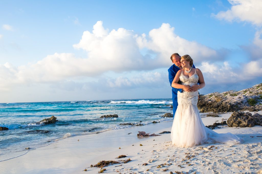rachel ross beach wedding hyatt ziva cancun 01 27 1024x683 - Is A Wedding Photographer Included In Most Isla Mujeres Wedding Packages?