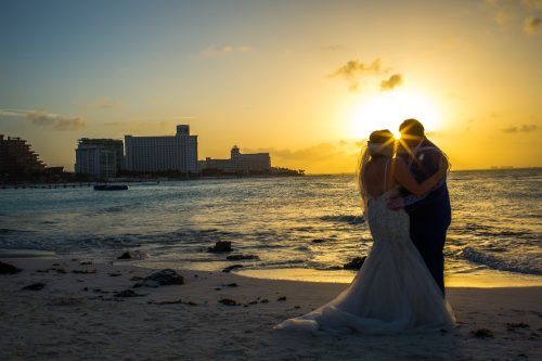 rachel ross beach wedding hyatt ziva cancun 01 31 500x333 - Rachel & Ross - Hyatt Ziva Cancun