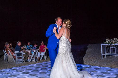 rachel ross beach wedding hyatt ziva cancun 01 41 500x333 - Rachel & Ross - Hyatt Ziva Cancun