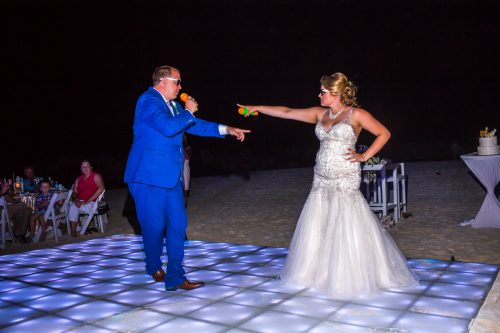 rachel ross beach wedding hyatt ziva cancun 01 43 500x333 - Rachel & Ross - Hyatt Ziva Cancun