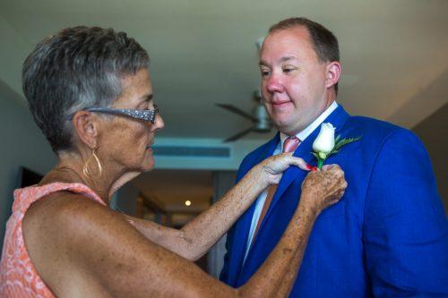rachel ross beach wedding hyatt ziva cancun 01 6 500x333 - Rachel & Ross - Hyatt Ziva Cancun