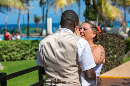melissa matthew beach wedding Grand Oasis Cancun 01 6 500x333 - Melissa & Matthew - Grand Oasis Cancun