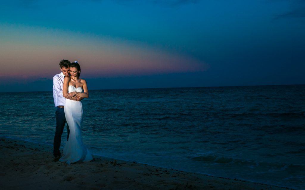 Kelly Simon playa del carmen wedding blue venado beach club header 01 1024x637 - Is A Wedding Photographer Included In Most Isla Mujeres Wedding Packages?
