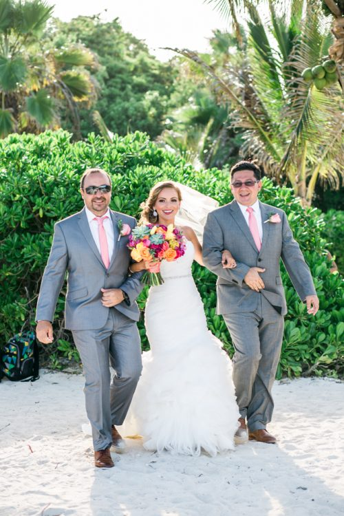 andrea kris playa del carmen wedding grand coral beach club 01 14 500x750 - Andrea & Kris - Grand Coral Beach Club