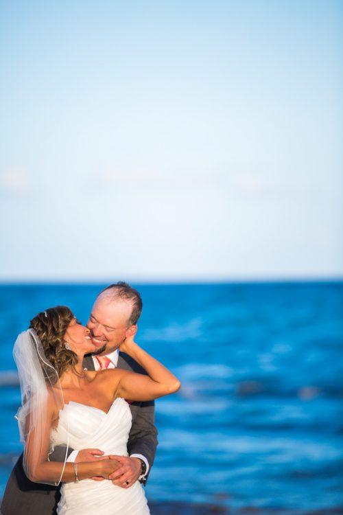 andrea kris playa del carmen wedding grand coral beach club 01 16 500x750 - Andrea & Kris - Grand Coral Beach Club