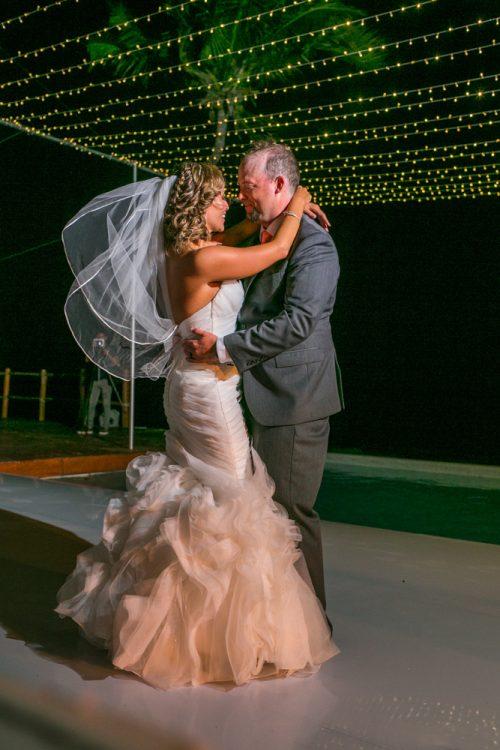 andrea kris playa del carmen wedding grand coral beach club 01 21 500x750 - Andrea & Kris - Grand Coral Beach Club