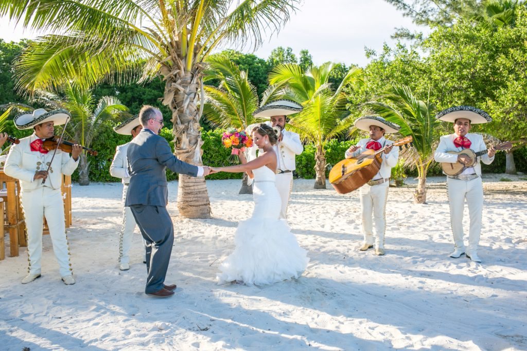 andrea kris playa del carmen wedding grand coral beach club 02 16 1024x683 - 7 Surprising Things We Learned About Riviera Maya Weddings In 2017