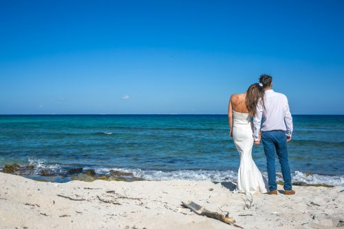 kelly simon playa del carmen wedding blue venado beach club 01 16 500x333 - Kelly & Simon - Blue Venado Beach Club