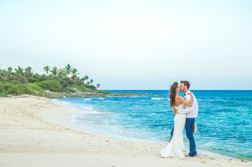 kelly simon playa del carmen wedding blue venado beach club 01 30 500x333 - Kelly & Simon - Blue Venado Beach Club