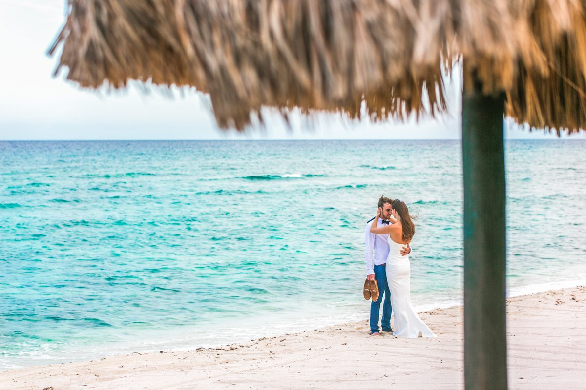 kelly simon playa del carmen wedding blue venado beach club 01 32 1200x800 - Isla Mujeres Wedding Photography