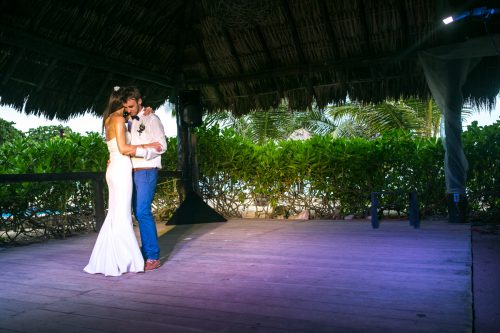 kelly simon playa del carmen wedding blue venado beach club 01 35 500x333 - Kelly & Simon - Blue Venado Beach Club