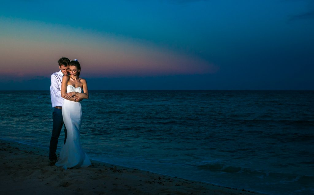 kelly simon playa del carmen wedding blue venado beach club 01 38 1024x637 - Top Tips For A Stress Free Beach Wedding – Managing The Environment