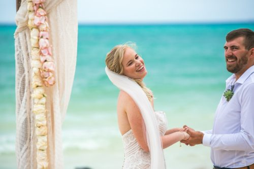 emily clay playa del carmen wedding grand coral beach club 01 20 500x333 - Emily & Clay - Grand Coral Beach Club