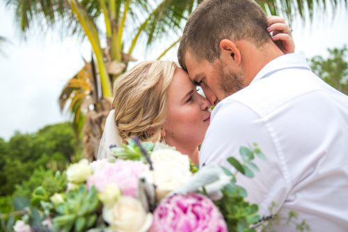emily clay playa del carmen wedding grand coral beach club 01 27 500x333 - Emily & Clay - Grand Coral Beach Club