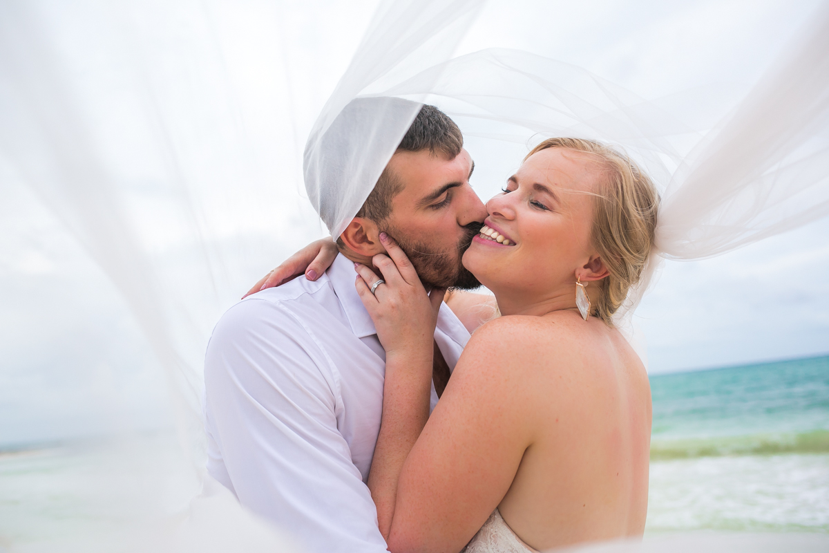 emily clay playa del carmen wedding grand coral beach club 01 30 - Emily & Clay - Grand Coral Beach Club