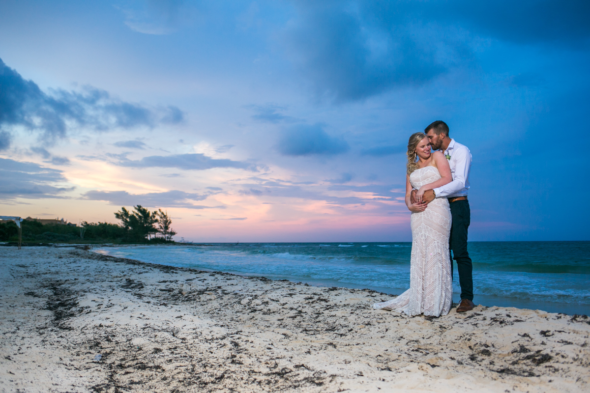 emily clay playa del carmen wedding grand coral beach club 01 37 - Emily & Clay - Grand Coral Beach Club