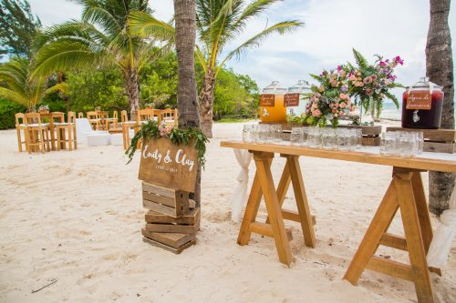 emily clay playa del carmen wedding grand coral beach club 01 8 500x333 - Emily & Clay - Grand Coral Beach Club