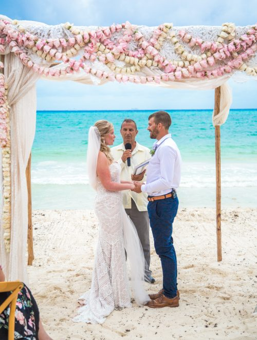 emily clay playa del carmen wedding grand coral beach club 02 4 500x662 - Emily & Clay - Grand Coral Beach Club