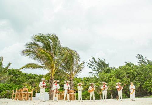 emily clay playa del carmen wedding grand coral beach club01 19 500x346 - Emily & Clay - Grand Coral Beach Club
