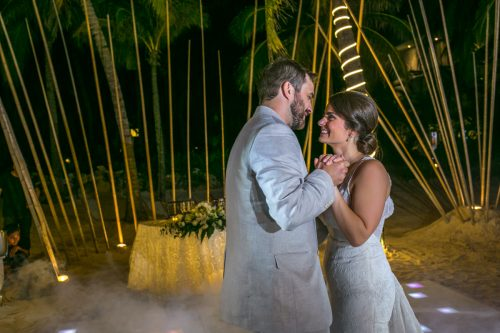 jessica harry beach wedding vidanta riviera maya 01 27 500x333 - Jessica & Harry - Vidanta Riviera Maya