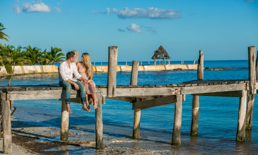7 Helpful Tips From A Playa Del Carmen Engagement Photographer
