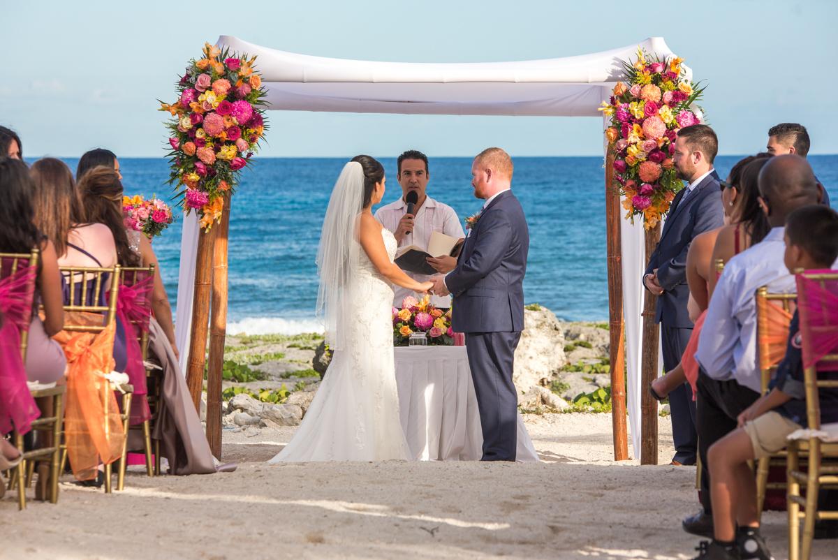 gaby dan beach wedding grand sirenis riviera maya 01 5 - Gaby & Dan - Grand Sirenis