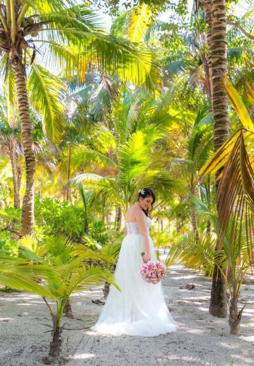 tania umberto destination wedding grand palladium riviera maya 02 10 500x718 - Tania & Umberto - Grand Palladium