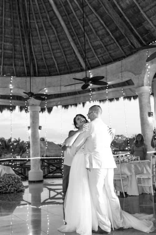 tania umberto destination wedding grand palladium riviera maya 02 500x750 - Tania & Umberto - Grand Palladium