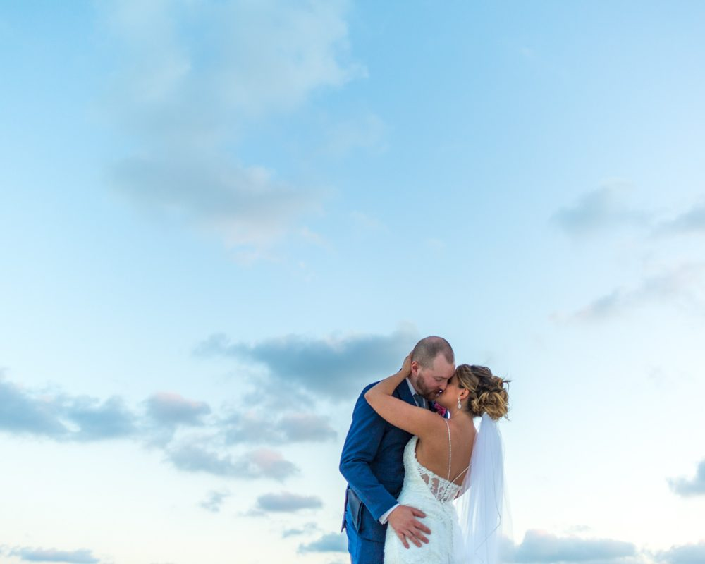 aubrey matt tulum wedding akiin beach club 02 4 1000x800 - Riviera Maya Wedding Photography