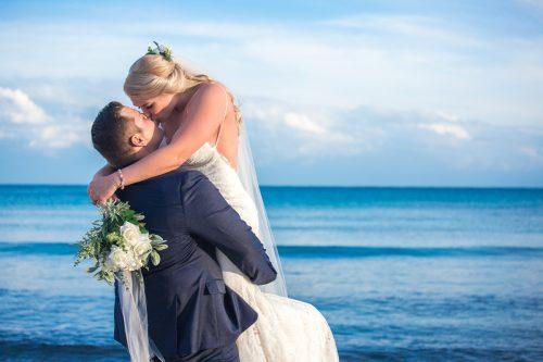 kayla glen beach wedding now jade riviera cancun 01 24 500x333 - Kayla & Glenn Adam - Now Jade