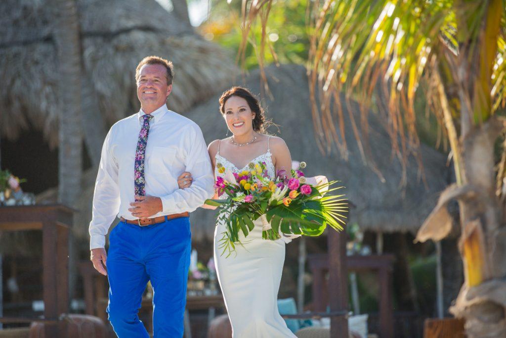 lisa ryon tulum wedding akiin beach club 02 11 1024x683 - What To Wear To A Rainy Season Wedding In Cancun?