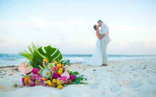 lisa ryon tulum wedding akiin beach club 02 3 500x312 - Lisa & Ryon - Ak'iin Beach Club