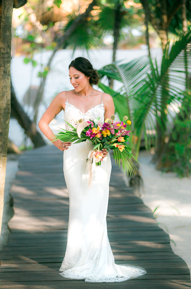 lisa ryon tulum wedding akiin beach club 03 10 - What To Wear To A Rainy Season Wedding In Cancun?