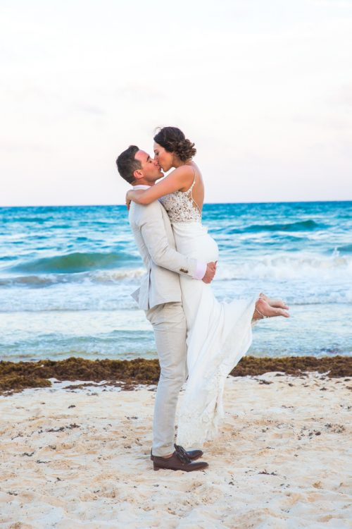 lisa ryon tulum wedding akiin beach club 03 7 500x750 - Lisa & Ryon - Ak'iin Beach Club
