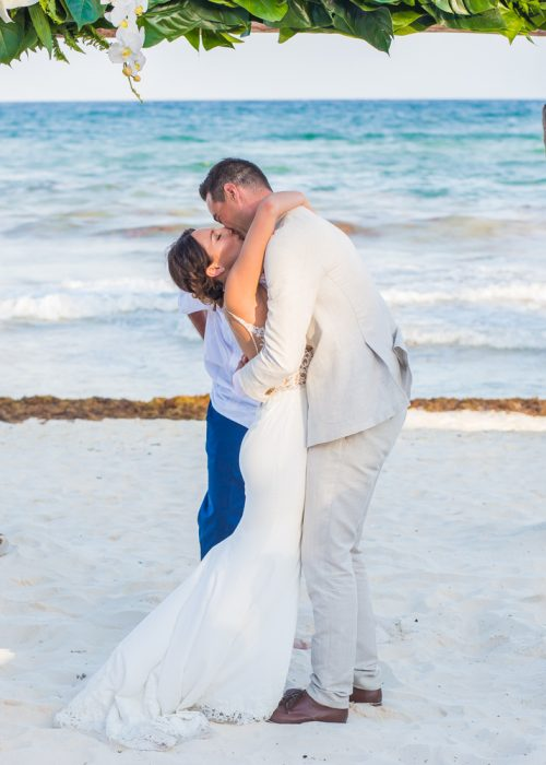 lisa ryon tulum wedding akiin beach club 03 8 500x700 - Lisa & Ryon - Ak'iin Beach Club