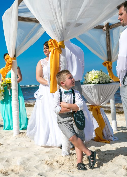 aimee robert beach wedding ocean coral riviera maya 01 3 500x697 - Aimee & Robert - Ocean Coral and Turquesa