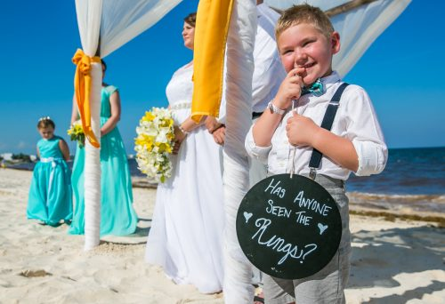 aimee robert beach wedding ocean coral riviera maya 02 12 500x342 - Aimee & Robert - Ocean Coral and Turquesa