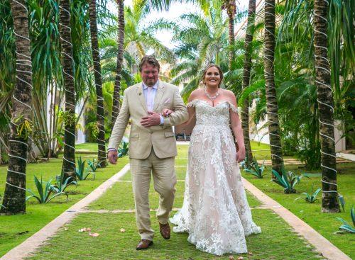 ciara thomas riviera maya wedding hacienda del mar puerto aventuras 01 11 500x367 - Ciara & Thomas - Hacienda Del Mar