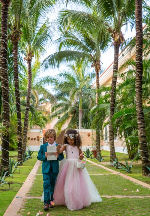 ciara thomas riviera maya wedding hacienda del mar puerto aventuras 02 9 500x717 - Ciara & Thomas - Hacienda Del Mar